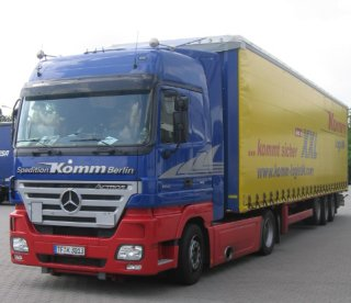Jumbo articulated lorry with mega trailer - Komm Logistik